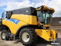 Maaidorser New Holland CR 9080 Mähdrescher Combine