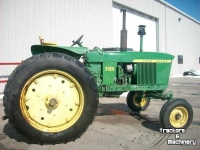 Traktoren John Deere 3020 2WD POWER SHIFT TRACTOR MN USA
