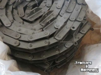 Maaidorser New Holland CS Transport ketting parts nr47483253/ 84441578: