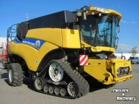 Maaidorser New Holland CR 9090 Elevation SCR Raupe Mähdrescher Combine