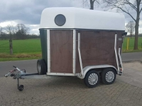 Veewagen  2 paards trailer