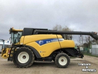 Maaidorser New Holland CR 9090 Elevation Mähdrescher Combine